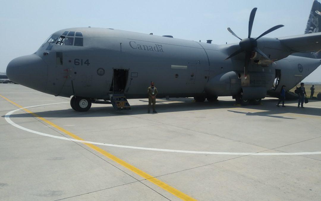 Alumnos de la Universidad Marista de Guadalajara visitaron las instalaciones de la Base Aérea de Santa Lucia