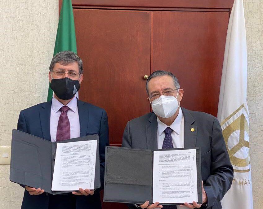 Firma de convenio Universidad Marista de Guadalajara (UMG) y la Universidad del Valle de Atemajac (UNIVA